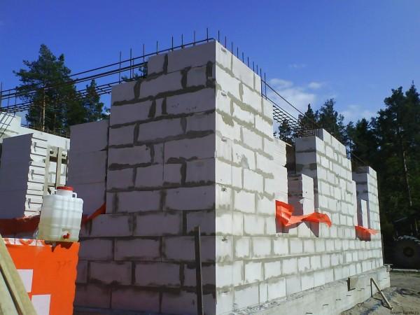 Как штукатурить ячеистый бетон