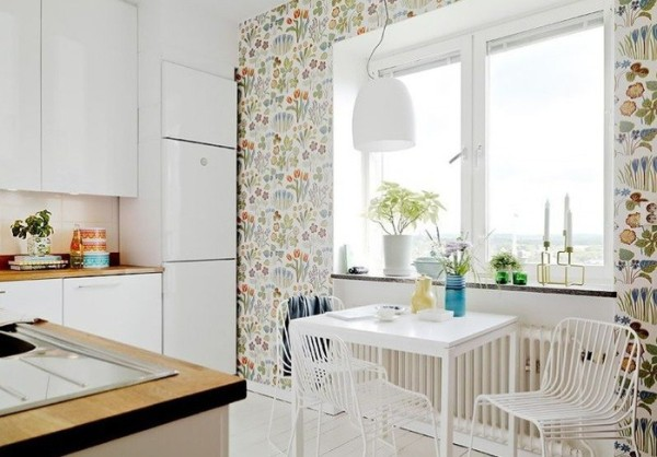 Моющиеся виниловые обои на кухне