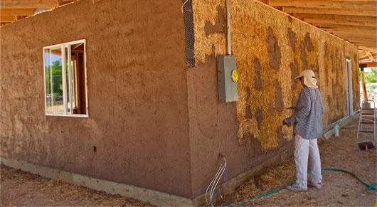 Можно ли штукатурить деревянные стены