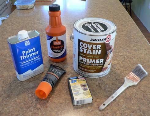 Некоторые материалы и инструменты, которые понадобятся для перекраски мебели