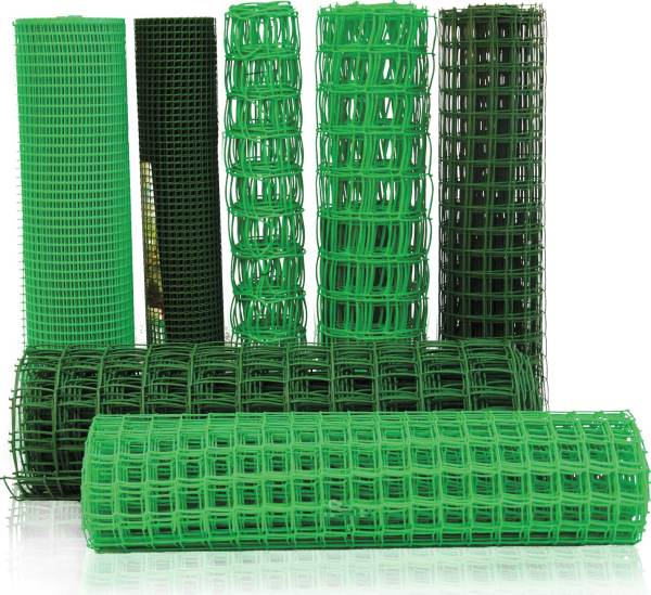 Пластиковая сетка часто используется в качестве ограждения или временного забора