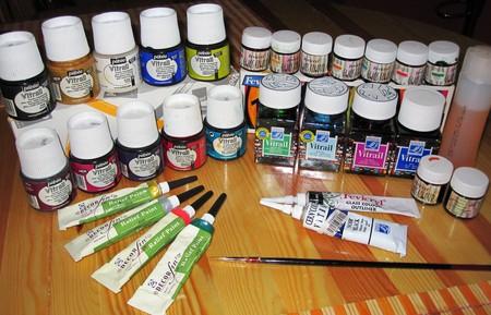 Разновидность красок для создания витража