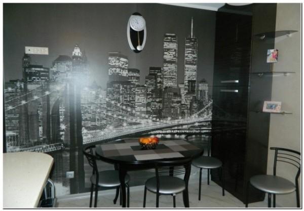 Фотообои на чёрно белой кухне