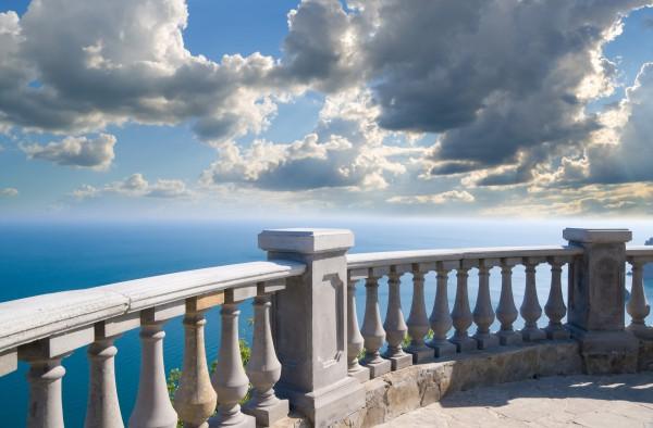 Фотообои с изображением парапета набережной