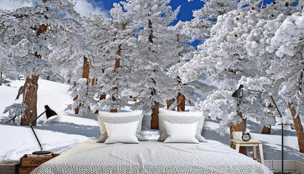 Фотообои «Зимний лес» в интерьере спальни
