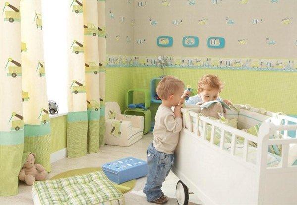 Комбинирование белых, серых и светло-зелёных оттенков в детской