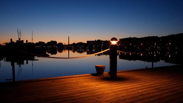 Ночной вид на бухту
