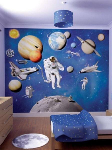 Обои светлых тонов с космической тематикой, идеальный вариант для детской