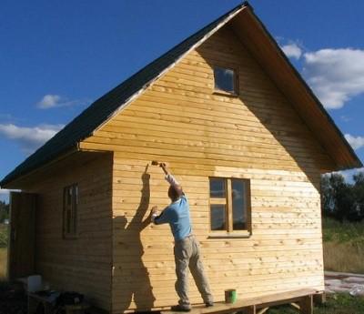Обработка нового брусового дома антисептиком