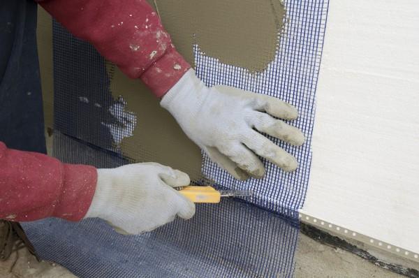 Процесс укладки сетки