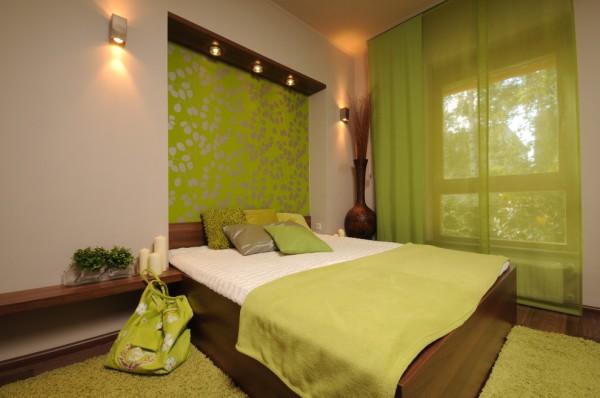 Спальня в зелёно-бежевых тонах