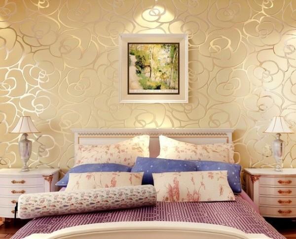 Текстурные обои в интерьере спальни