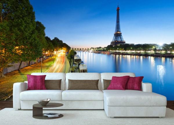 Фотообои с изображением набережной Сены в гостиной