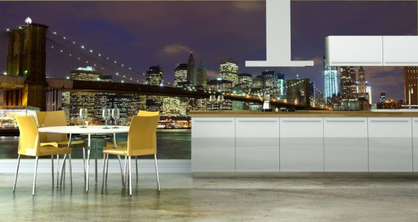 Фотообои с видом на Бруклинский мост в интерьере кухни