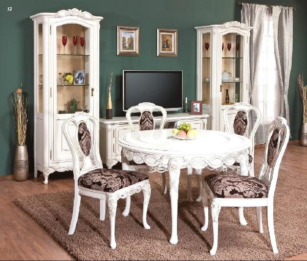 К белой мебели хорошо подходят тёмные обои