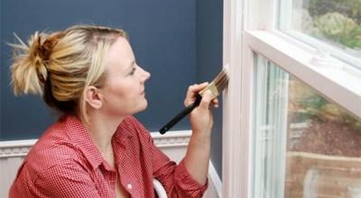 Как правильно красить окна