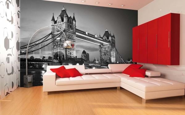 Контрастный современный интерьер с помощью черно-белого вида на мост