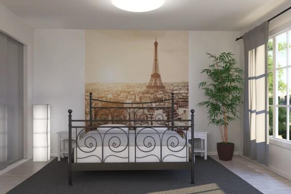 Панорама Парижа на фотообоях в спальне