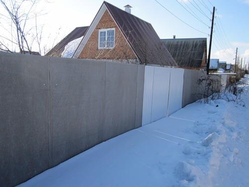 Забор из шифера