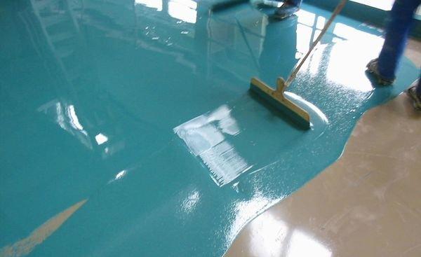 Чем покрасить наливной пол