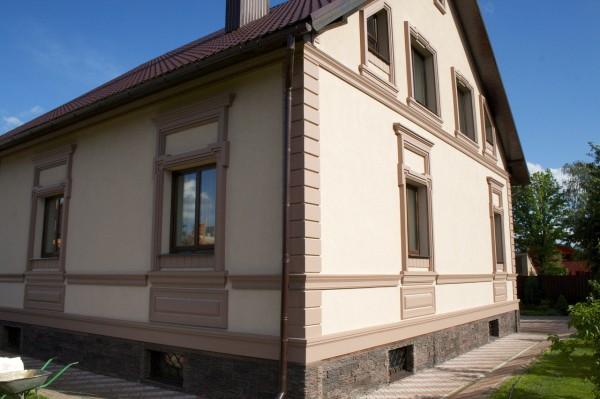 Чем штукатурить фасад дома: вариант декоративного оформления наружных стен