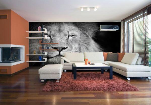 Фотообои с чёрно-белым изображением льва в чёрно-белом, с оранжевыми акцентами, интерьере