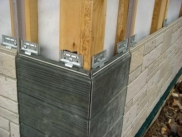 Монтаж навесного вентилируемого фасада из фиброцементного сайдинга под камень