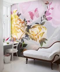 Необычные фотообои с бабочками и цветами
