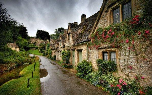 Фотообои с изображением английской деревни после дождя