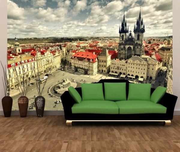 Фотообои с панорамным изображением Праги в интерьере гостиной