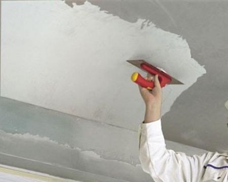 Как потолок штукатурить и шпаклевать
