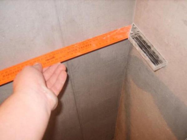 Как вывести внутренние углы при штукатурке
