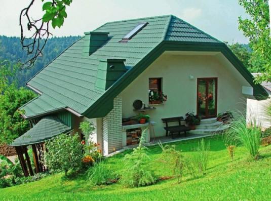 Каким цветом покрасить дом, если крыша зеленая