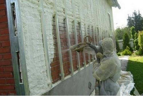 Утепление стены жидким пенозолом