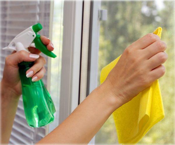 Как очистить краску со стекла