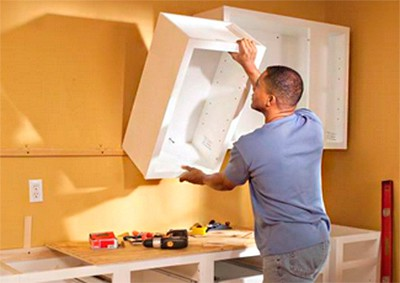 Можно ли вешать кухонные шкафы на гипсокартон