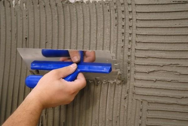 Как своими руками поштукатурить стены