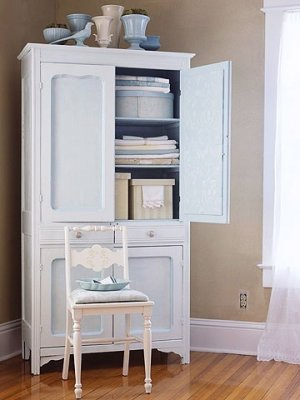 Окрашивание шкафа в один цвет