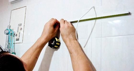 Разметка стены для размещения навесного шкафа