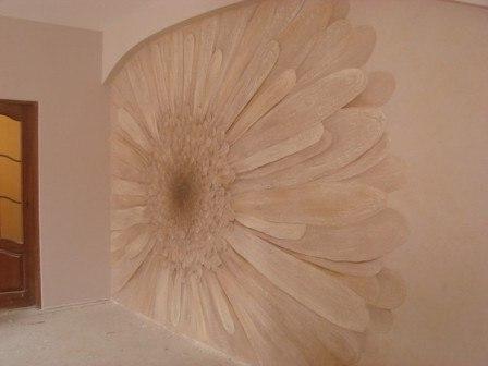 Рельефное панно из декоративной штукатурки