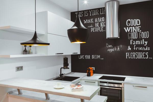 Грифельная доска вместо кухонного фартука