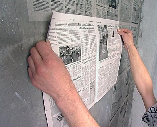 Использование газет – вариант, который требует меньше всего затрат. При ограниченном бюджете сложно найти лучшее решение.