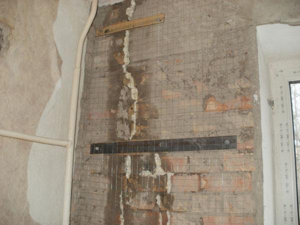 Чем заделать трещину в стене кирпичного дома 129