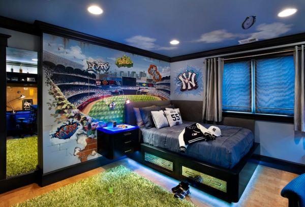 На фото, фотообои футбольное поле в стиле граффити для интерьера детской комнаты