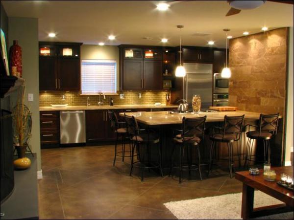 Оформление кухни-студии