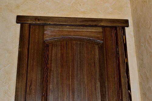 Создание структуры древесины при помощи металлической щетки