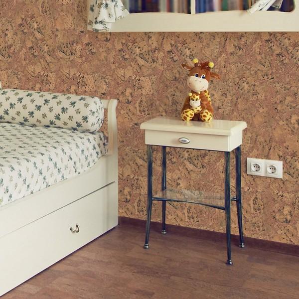 В спальне или детской, пробковые стены смотрятся не менее оригинальн