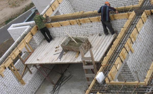 Армирование кирпичных несущих стен