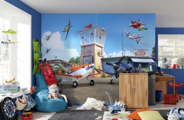Фотообои с сюжетным изображением из любимого мультфильма понравятся каждому малышу