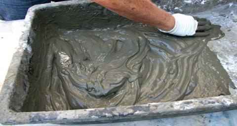 Приготовление штукатурки на основе цемента